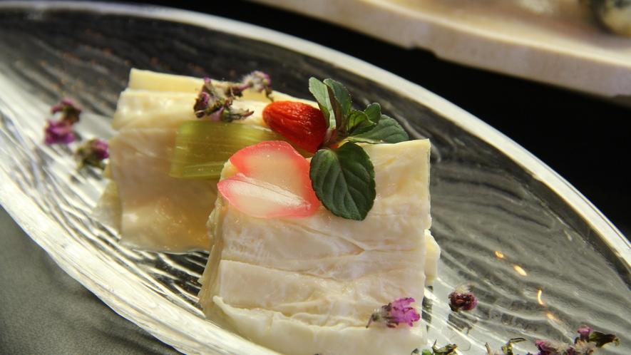 【夕食一例・スタンダード】日光名物・湯葉料理