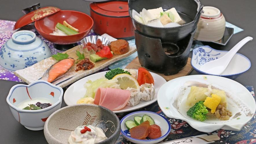 【ご朝食一例】ボリューム満点の朝食は湯豆腐やみそ焼きにも名物の湯波を使用しています。