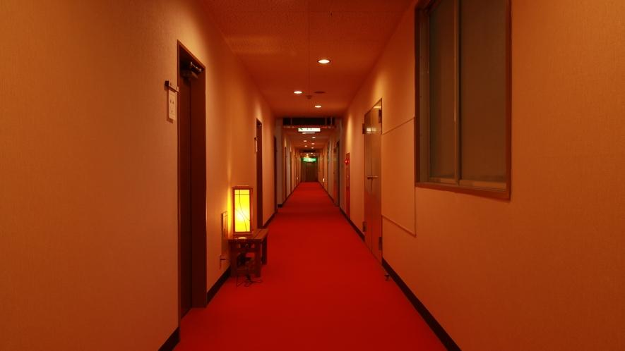 【館内】お部屋は全室トイレ(洗浄機能)付+広縁 冷暖房完備です。