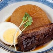 (夕食)大根と豚バラの煮物