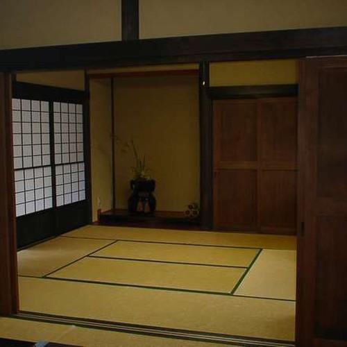 広い和室のお部屋