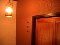 部屋入り口