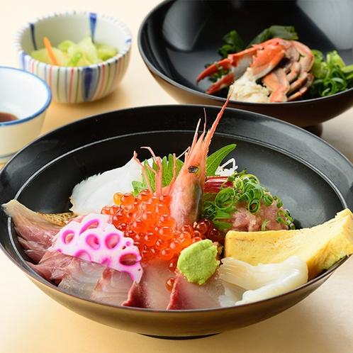 【でん助丼】お刺身にエビ・いくらetc…   季節の海の幸を厳選!