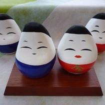 会津の縁起物『起き上り小法師』