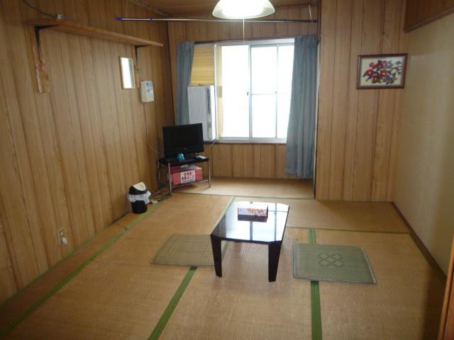 和室7.5畳間(暖房・灯油ファンヒーター)