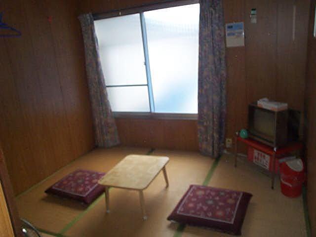 客室4.5畳間(冷暖房・エアコン)