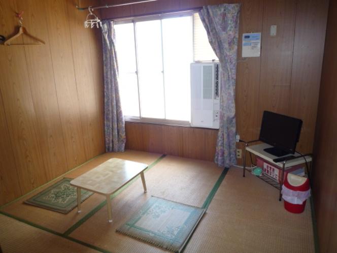 和室4.5畳間(暖房・灯油ファンヒーター)