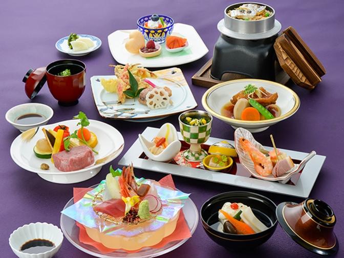 【2食付(夕・朝)】割烹楽水 季節の味覚会席プラン