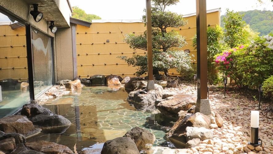 女子庭園露店風呂【風音】