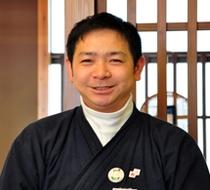 ファルコンしんちゃん(副支配人 宮本)