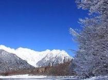 冬の上高地大正池の霧氷