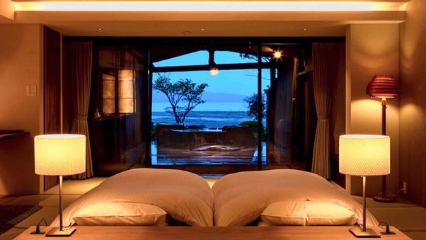 <ジュニアスイート>露天風呂から有明海を望む/和洋室16畳