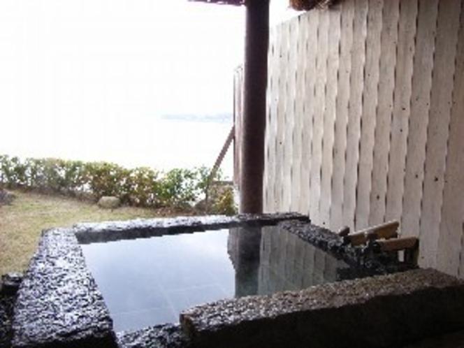 貸切露天風呂【長石】