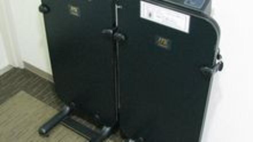 ズボンプレッサーは各階に設置(無料)