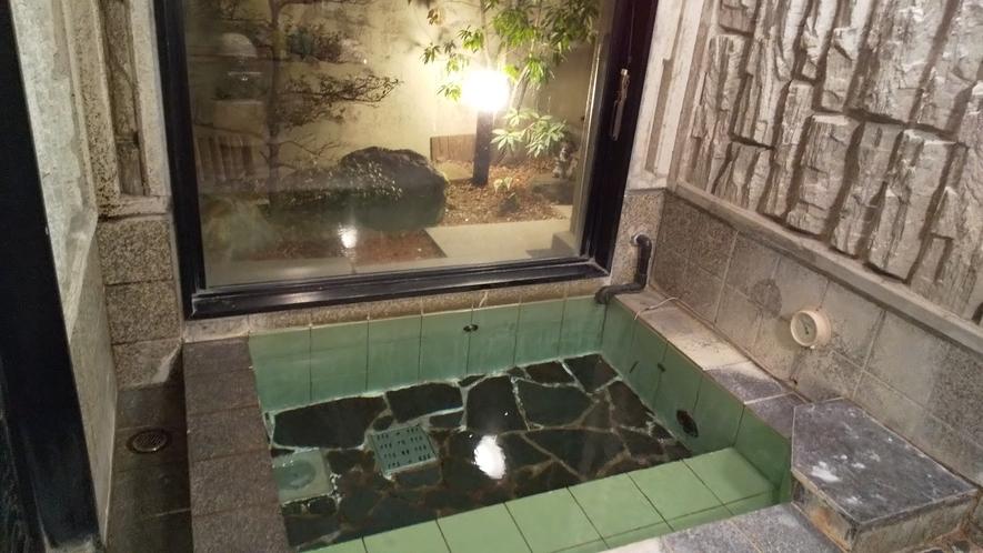 大浴場は15:00~22:00、朝5:00~10:00まで、何度でもご利用いただけます♪