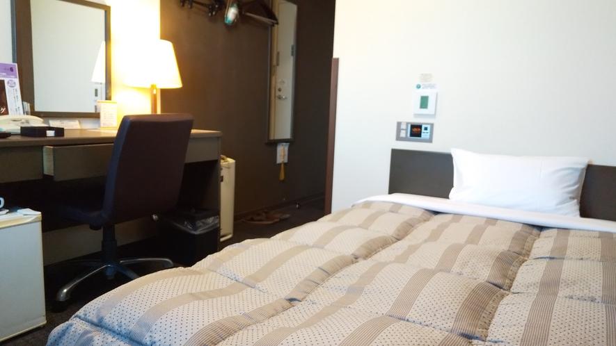 シングルルーム★ベッドサイズ120cm×200cm★