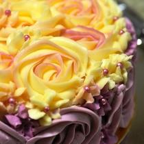 別注でこんな豪華なケーキも♪