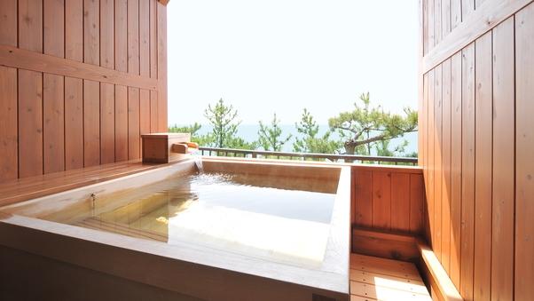 心落ち着く檜造りの露天風呂&テラス付和洋室 42平米