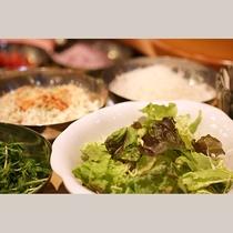サラダバー(朝食)