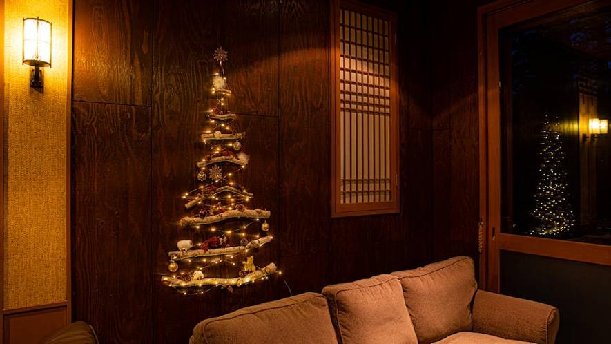 スタッフ手作りのクリスマスツリー