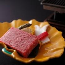お料理の一例(ロースステーキ)