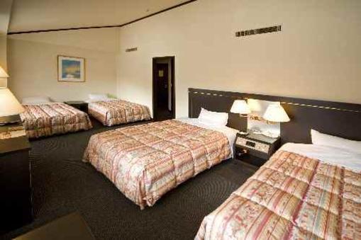山々の景観がご覧いただけるホテル洋室(4ベットルーム)