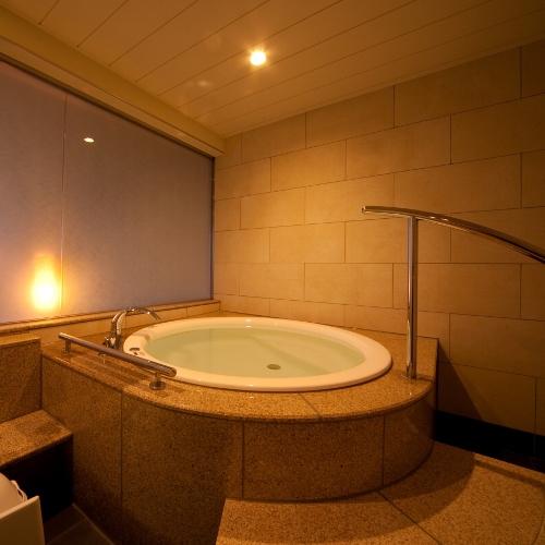【最上階デザイナーズ洋室】4ベッド・温泉風呂付(禁煙)