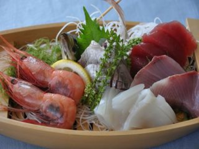 伊豆の地魚の舟盛り