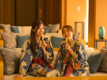 湯上り処/お風呂上がりのリラクゼーション。アイスキャンディーや和歌山県産のドリンクをご用意。