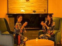ラウンジ磐座(いわくら)/夜は梅酒バーがオープン。厳選された梅酒を