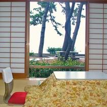 海側和室6畳一例(冬)
