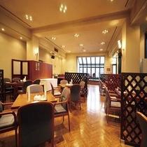 ホテル館内1F レストラン「芝井川」