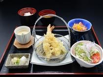 天ぷら定食(一階レストラン芝井川メニュー)