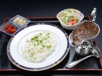 芝井川カレー(一階レストラン芝井川メニュー)