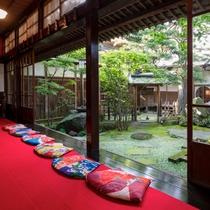 *相馬樓/江戸時代に開業した料亭です。当館よりお車で約30分