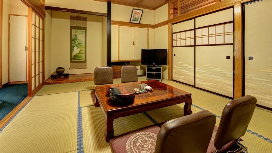 *【客室一例(和室10畳)】どこか懐かしさを感じさせる畳のお部屋。