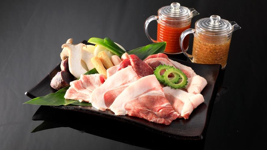 食事:夕食_グリルダイニング_あぐー豚バーベキュー