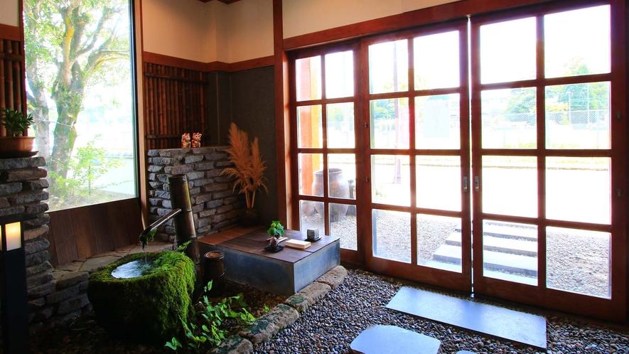 玄関内側からのイメージ