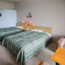 *【喫煙ツイン・一例】嬉しい大きめのベッド♪お部屋も広々~