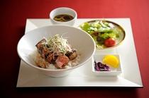 牛ローステリヤキステーキ丼 1,500円(ルームサービス)