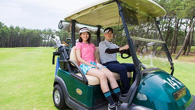 【食事なし】トム・ワトソンゴルフコース2名プレー&コテージ・ヒムカ2名1室確約!宿泊ゴルフプラン