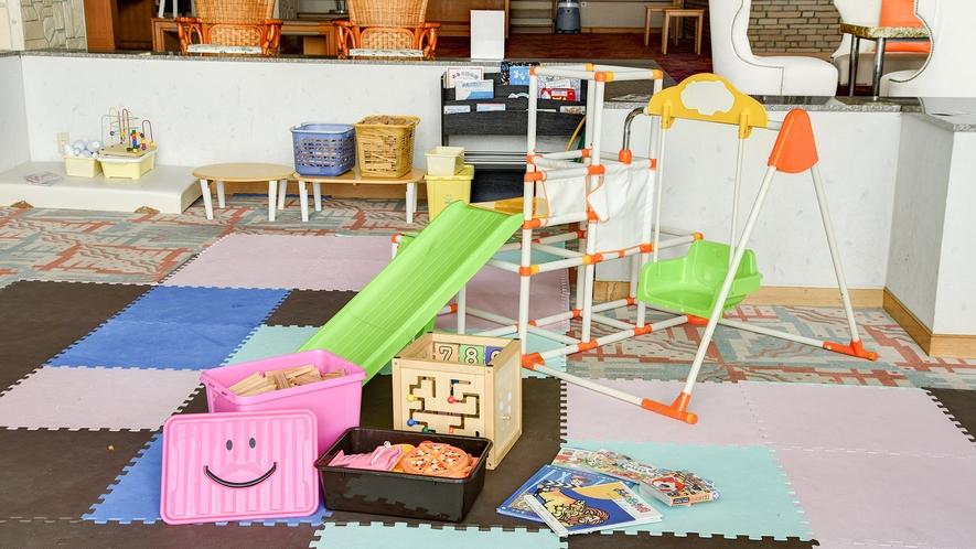*【キッズスペース】待ち時間やちょっとした空き時間にお子さまと一緒に遊んでいただけるスペースです