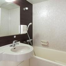 【バスルーム】お湯の温度調節にも便利なサーモスタット完備