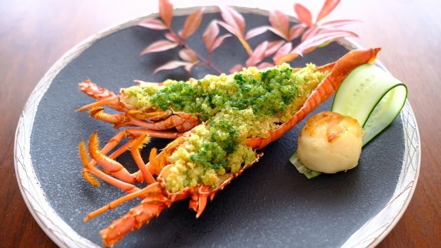 【お料理一例】伊勢海老のエスカルゴバター焼き