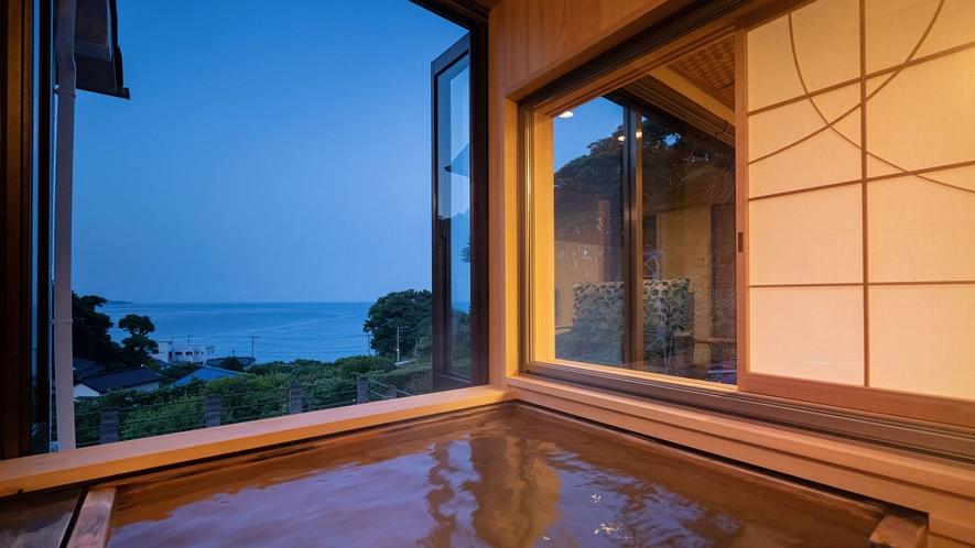 【205】ヒノキの露天風呂付き客室(和室10畳+広縁)