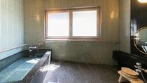 【バリアフリールーム】お風呂付となっており、椅子やお風呂用シートもご用意可能です※イメージ