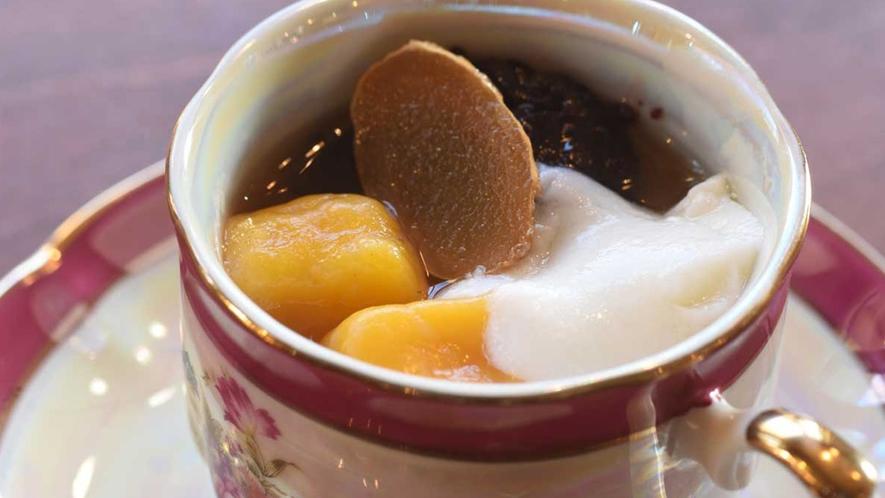 ・【デザート】豆花(トウファ)は優しい味わい