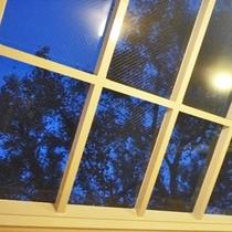 【貸切露天】全天候型ペアガラス屋根からのお月さま♪