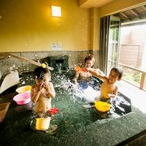 ■家族風呂(貸切風呂)海一望半露天風呂