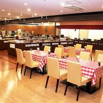 【レストラン・モンテローザ・コネクション館B1F】人気はライブキッチン。
